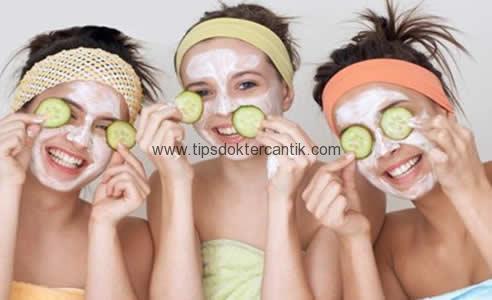 Cara Memanfaatkan Masker Wajah Alami