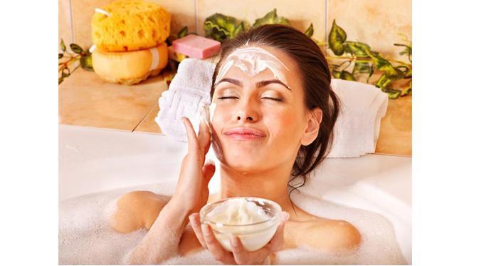 Bersihkan Kulit Wajah Secara Efektif