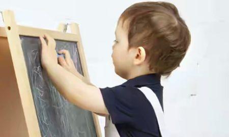 Cara Mudah Melatih Anak Batita Belajar Menggambar