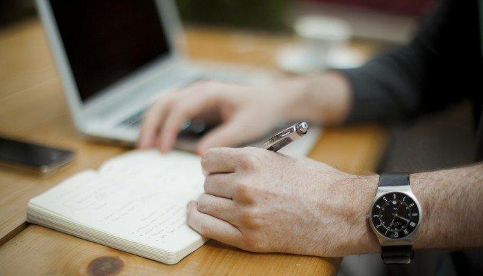 tips-jadi-freelancer-sukses-meskipun-kerjaan-datang-dan-pergi