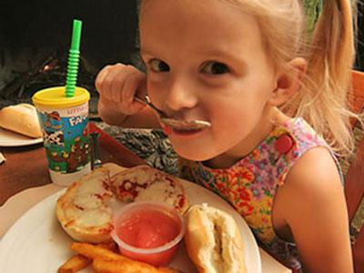 tips-sederhana-untuk-menjaga-anak-dari-jajanan-tak-higienis