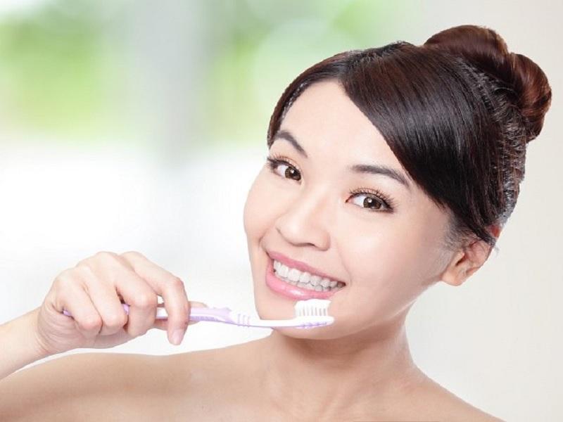 Tips Menghilangkan Bau Mulut Secara Alami