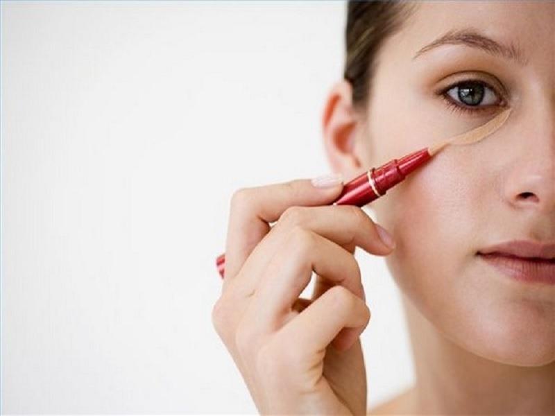 Kesalahan Makeup Yang Membuat Anda Terlihat Tua