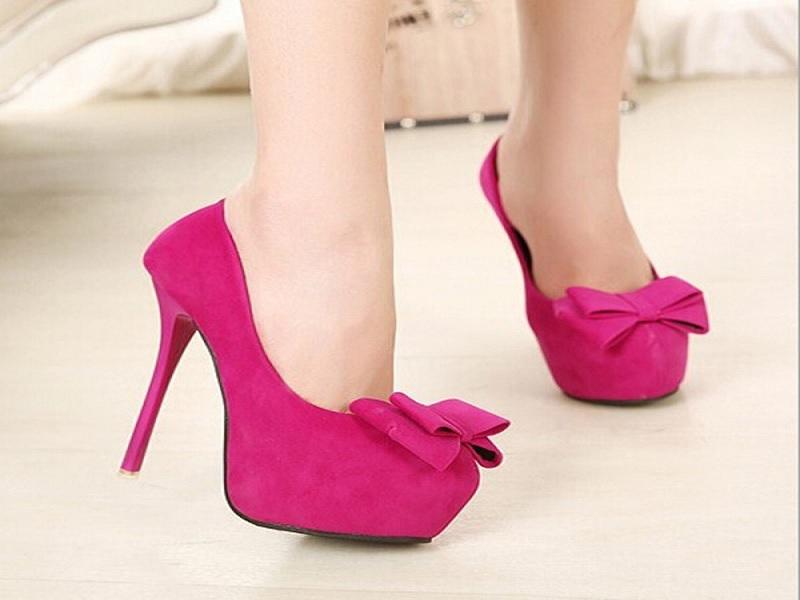 Tips Memilih Sepatu Hak Tinggi