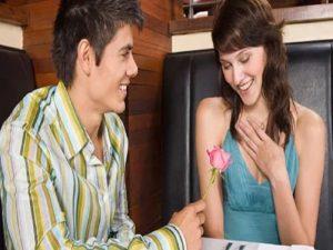 Cara Membuat Pria Jatuh Cinta