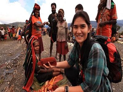 Daftar Traveler Paling Cantik Di Indonesia