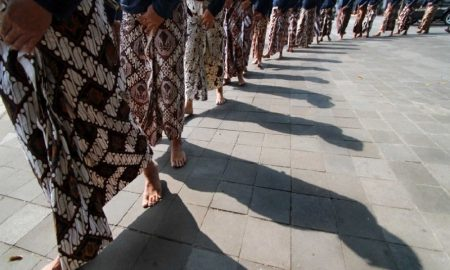 Filosofi Hidup orang Jawa Yang Bisa Bikin Kamu Kaya
