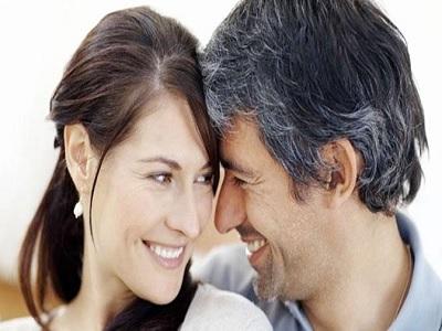 Keuntungan Memiliki Pasangan yang Lebih Tua.2