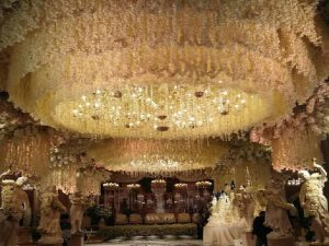 Pernikahan Momo Geisha, Megah Dengan Konsep Royal Wedding