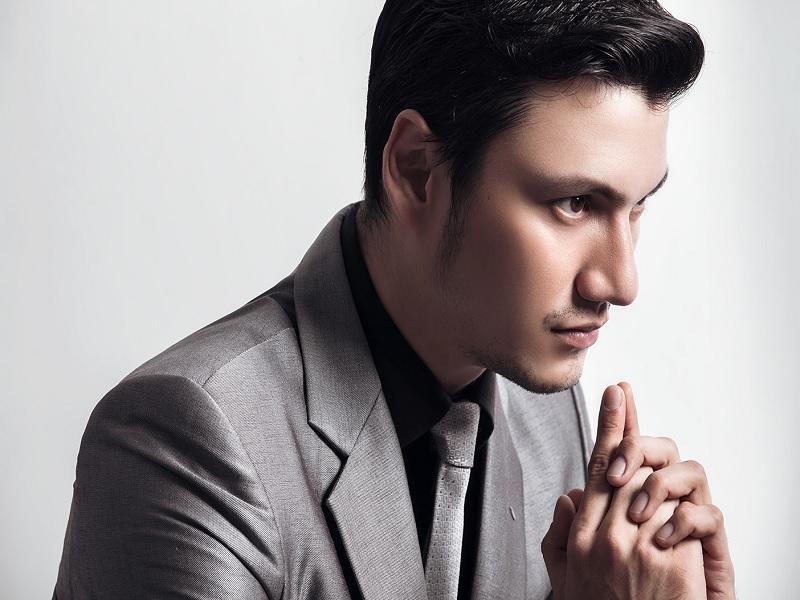 Tips Banting  Karir Ala Christian Sugiono