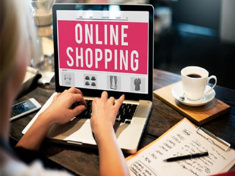 Tips Belanja Online Aman Ala Luna Maya