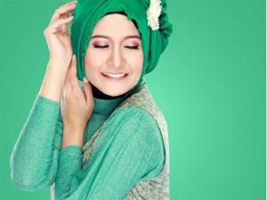 Tips Merawat Rambut Untuk Wanita Berhijab