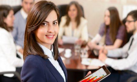 Tips Tampil Lebih Percaya Diri di Kantor