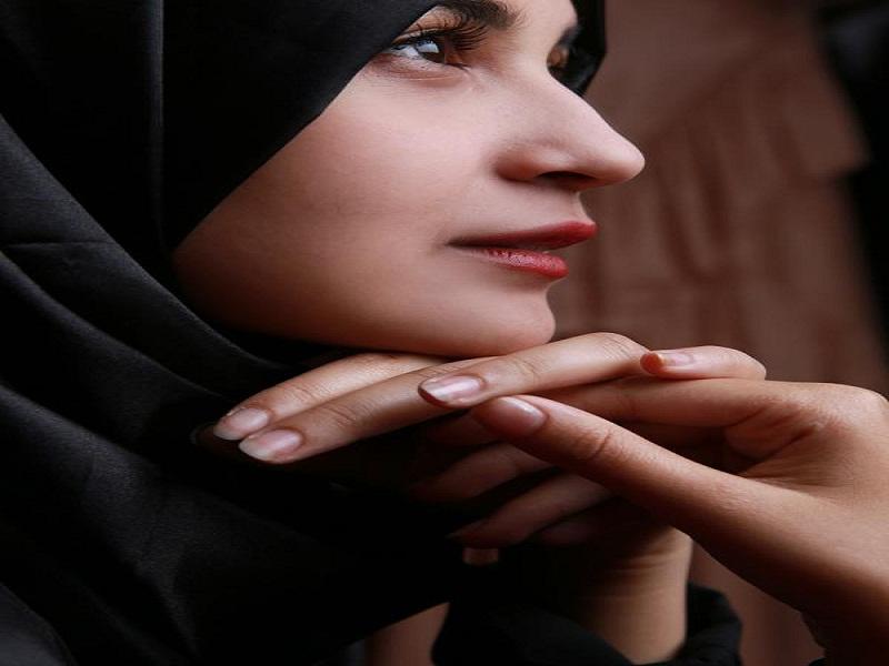 artis wanita yang memutuskan berhijab