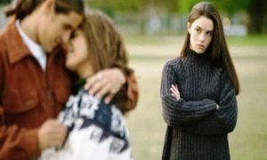 Cara Menghadapi Pacar Selingkuh
