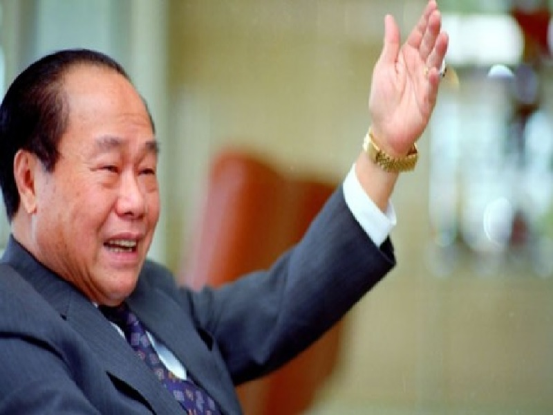 Eka Tjipta Widjaja Pebisnis Sukses Pendiri Sinar Mas Group