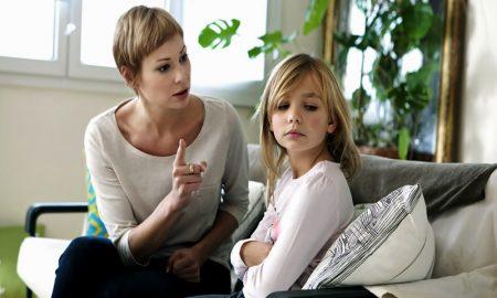 Kalimat Orang Tua Yang Menyakiti Anak