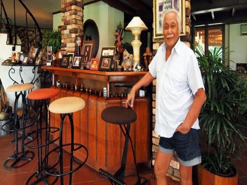 Kisah perjalanan hidup Bob Sadino