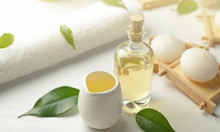 Manfaat Penggunaan Tea Tree Oil Untuk Kecantikan