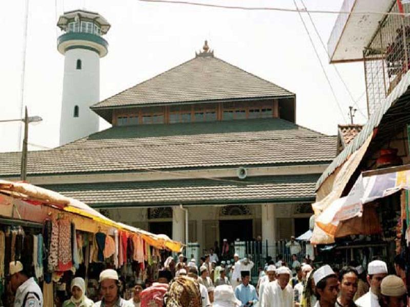Maroko Kecil di Kota Pahlawan