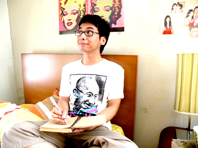 Mengubah Hobi Jadi Profesi Ala Raditya Dika