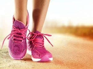 Pentingnya Memakai Sepatu Saat Berolahraga