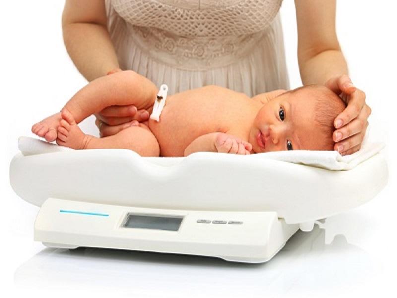 Penyebab Bayi Kurang Berat Badan