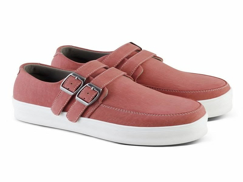 Sepatu wanita beserta kegunaannya
