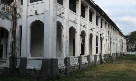 Tempat Traveling Bernuansa Mistis Di Indonesia