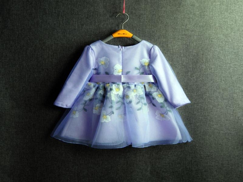 Tips Memilih Baju Lebaran Untuk Anak.5