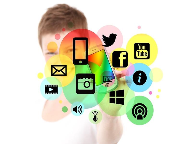 Tips Sukses Kerja Di Media Sosial.6