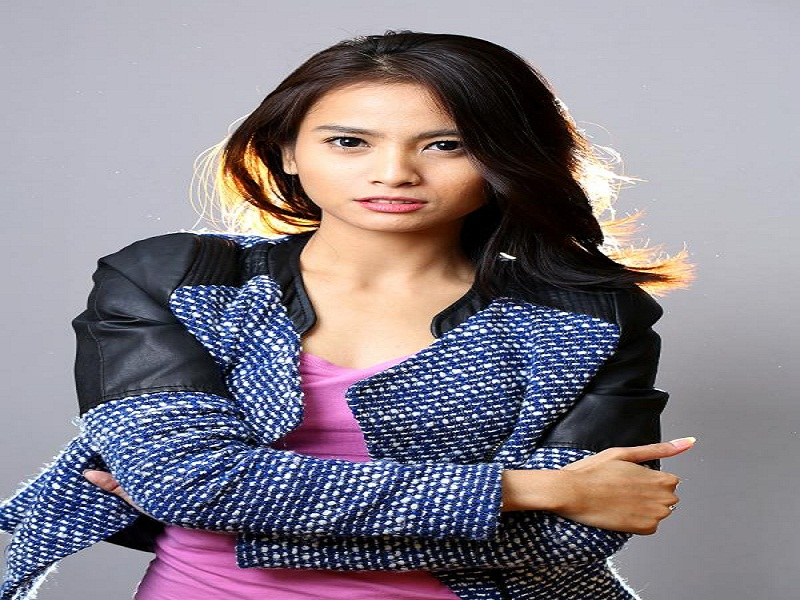 tentang aktris acha septriasa (2)
