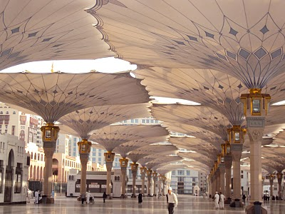 3 Kebutuhan Dasar Traveler Muslim