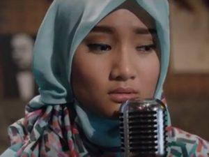 Fashion Hijab Fatin Ketika Bulan Ramadhan