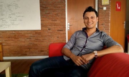Tips Bekerja Dunia Kreatif Ala Christian Sugiono