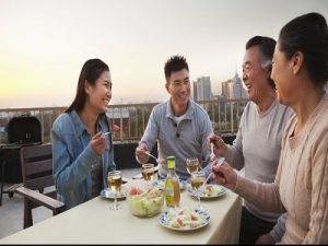 Tips Menggelar Bukber Menyenangkan Bersama Keluarga 6