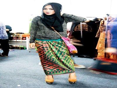 3 Ciri Khas Fashion Muslim Dian Pelangi 2