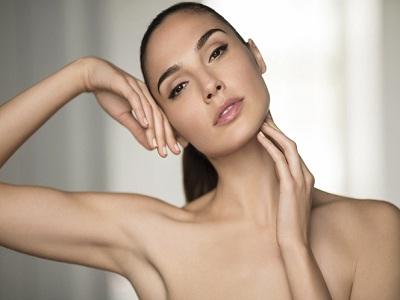 Sempat Digosipkan, Gal Gadot Ungkap Rahasia Makeup Sempurnanya