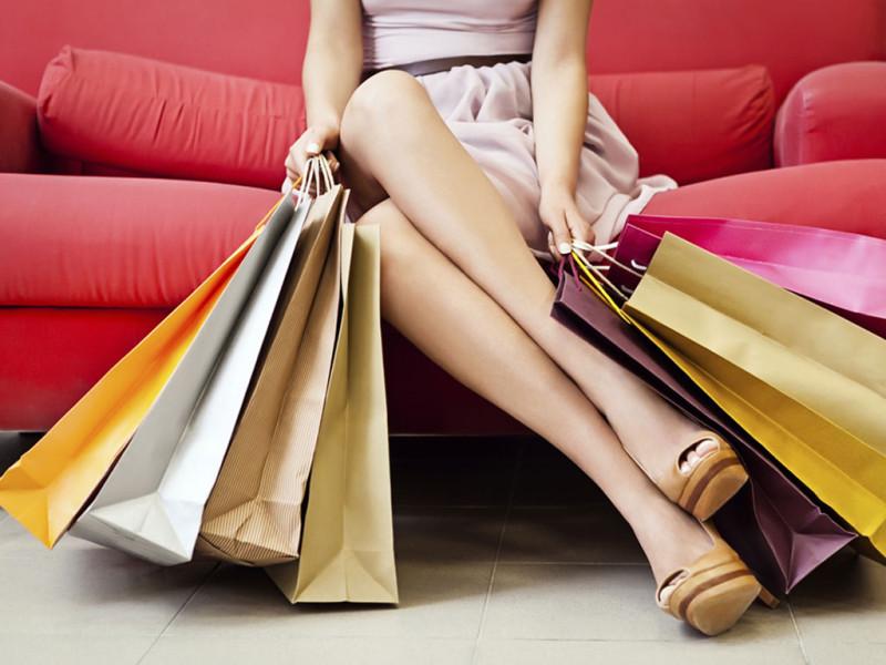 Alasan Konyol Selebriti Dunia Gila Belanja