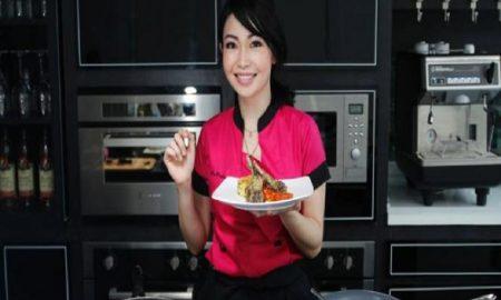 Bukan Diet, Ini Tips Sehat Chef Rinrin Marinka