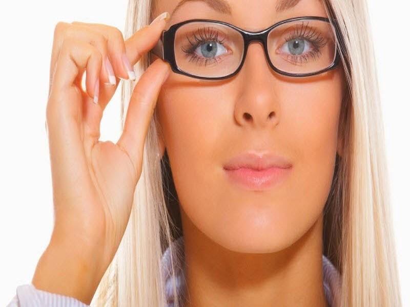 Hati-Hati Dengan Kebiasaan Yang Bikin Mata Anda Cepat Tua