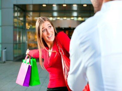 Kebiasaan Unik Hannah Al Rasyid Ketika Belanja