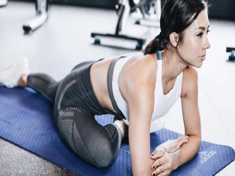 Workout Seksi Ala Jennifer Bachdim Yang Semuanya Dilakukan Di Rumah
