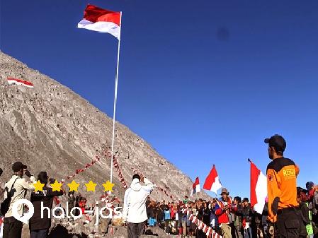 gunung yang jadi lokasi upacara 17 agustus