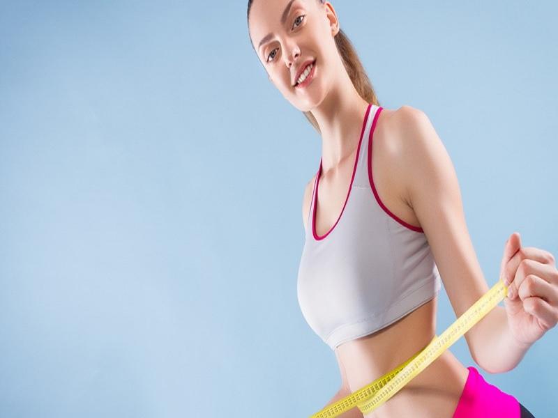 Cukup Dengan Kursi! Ampuh Rampingkan Perut Meskipun Tanpa Alat Fitness
