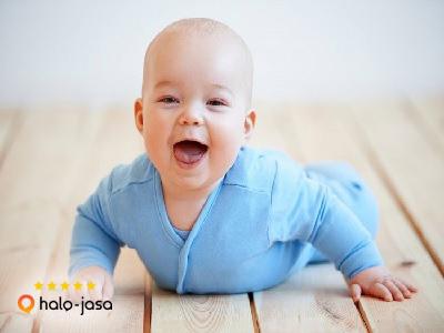 cara melatih bayi belajar tengkurap