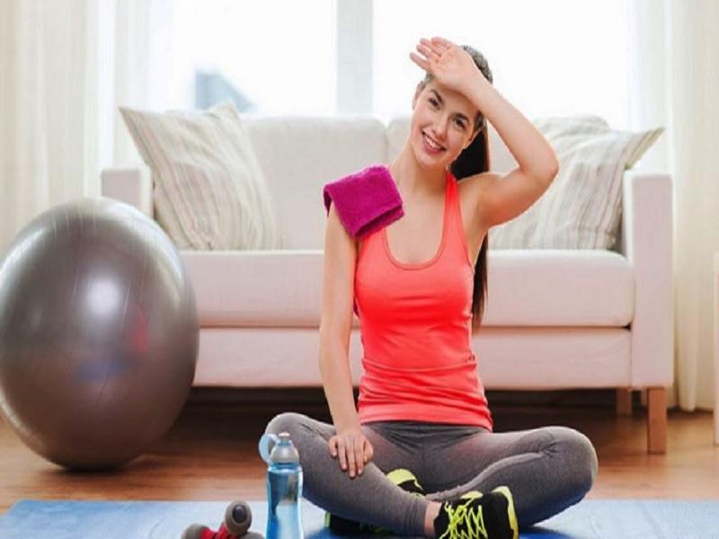 Amankah Berolahraga Di Bawah Ruang AC? Inilah Tips Sehatnya
