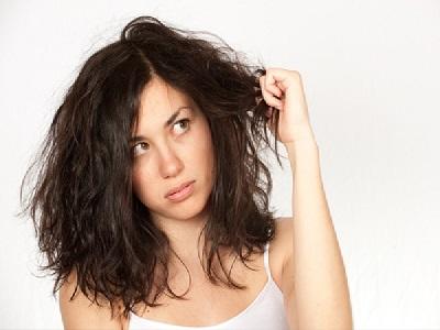 Cara Melakukan Perawatan Rambut Kering Karena AC Menggunakan Bahan Alami