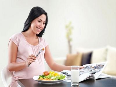 Sederet Makanan Yang Tidak Pernah Disantap Perempuan Sehat