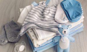 Tips Memilih Baju Bayi Yang Aman Untuk Kulit Sensitifnya